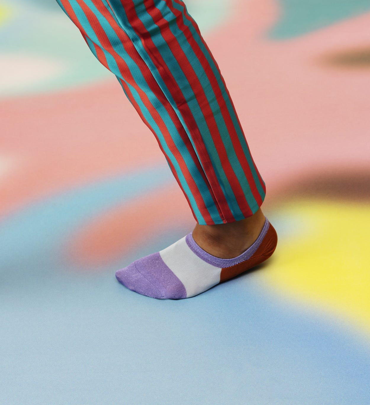 Purple Sneaker Sock: Isa - Hysteria | Happy Socks